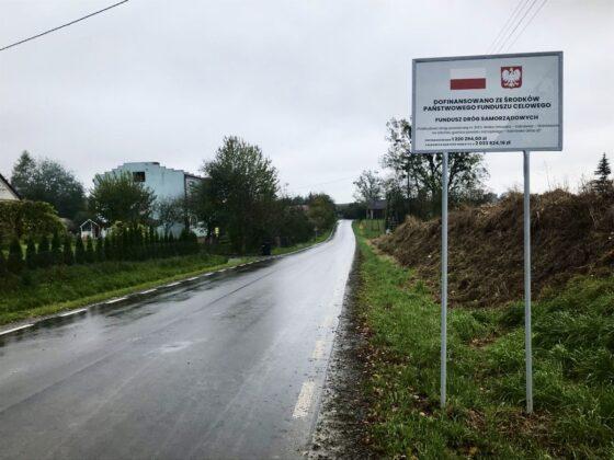 1013b Powiat Zamojski. Nowa droga łącząca trzy gminy oficjalnie oddana do użytku