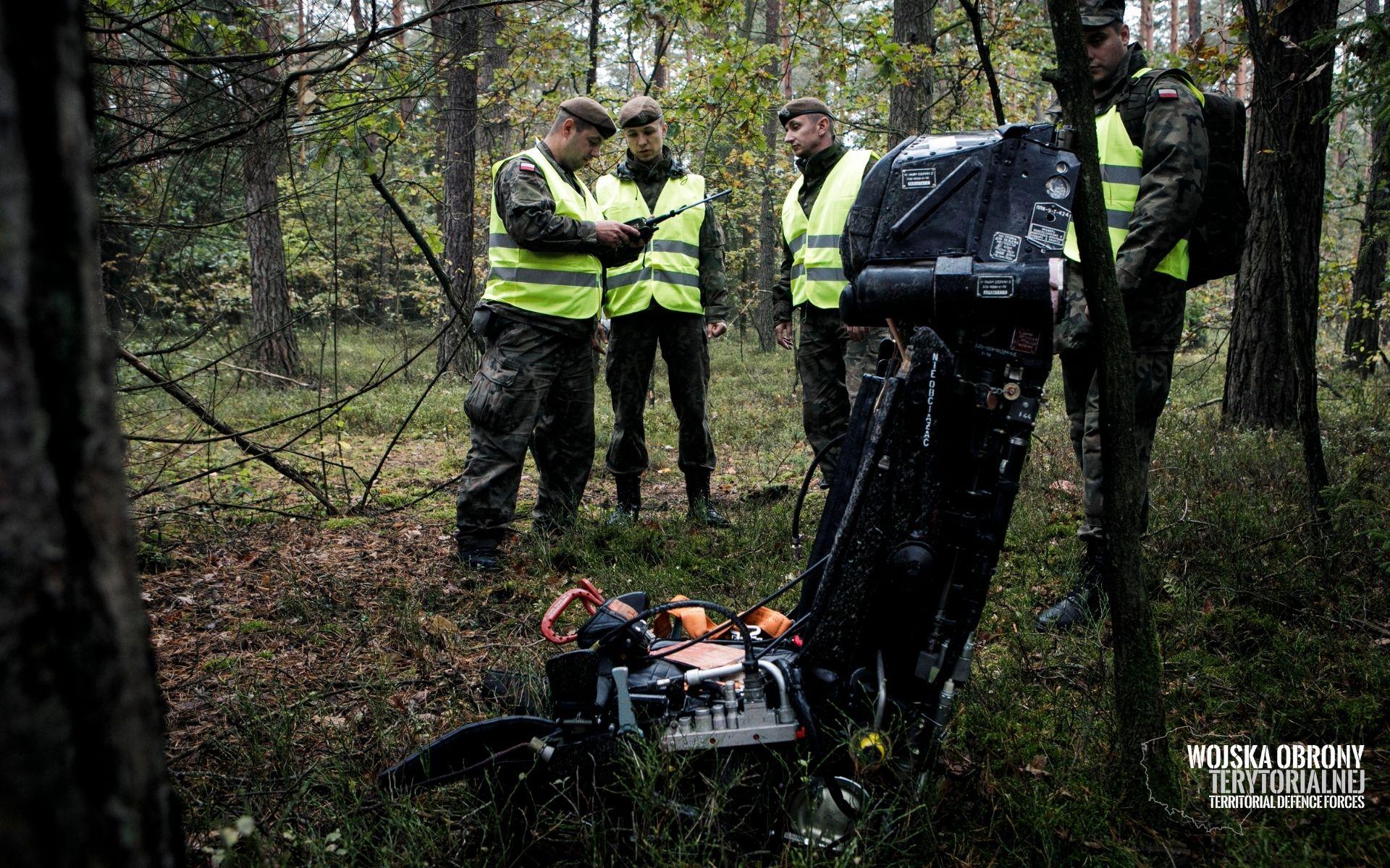 2lbot renegade 5 Terytorialsi szukali pilota i rozbitego myśliwca