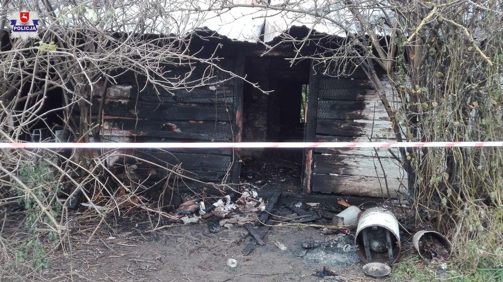 68 176488 Tragiczny pożar domu. W ogniu zginął mężczyzna.