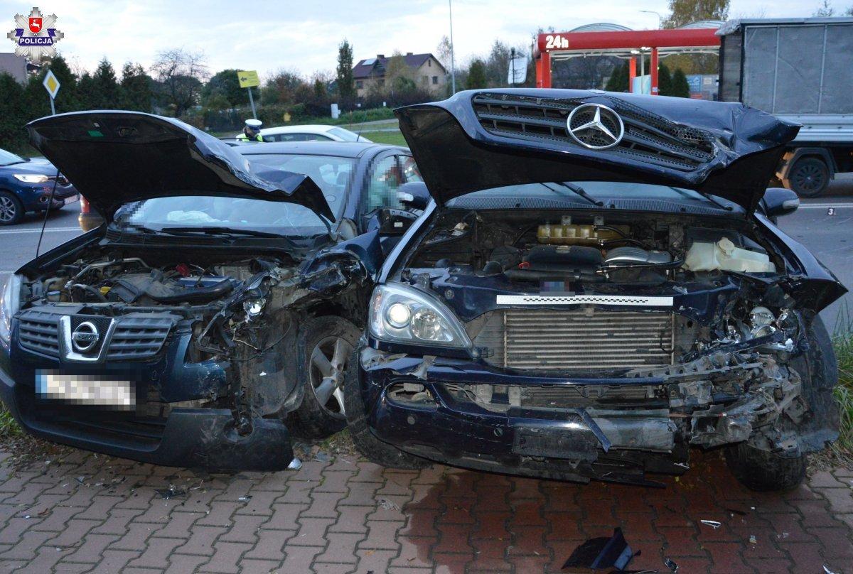 68 176677 ZAMOŚĆ: Groźny wypadek z udziałem trzech aut