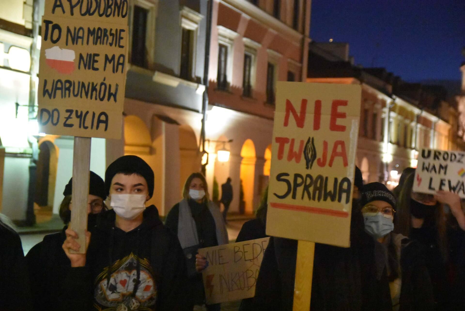 dsc 3089 Strajk Kobiet w Zamościu (zdjęcia)