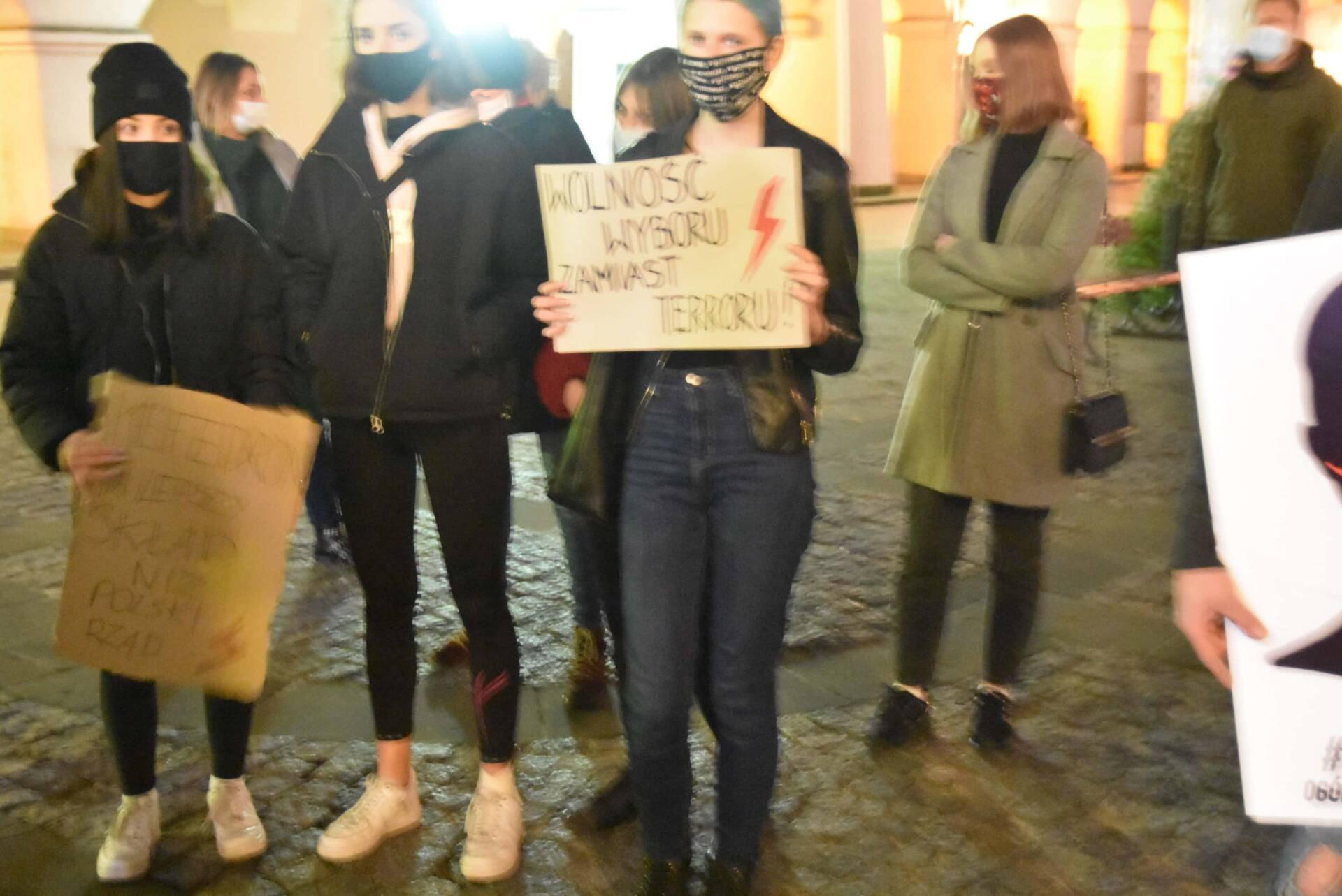 dsc 3095 Strajk Kobiet w Zamościu (zdjęcia)