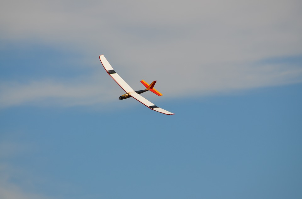 glider 2169511 960 720 Wystawa poświęcona historii modelarstwa lotniczego i kosmicznego w Zamościu