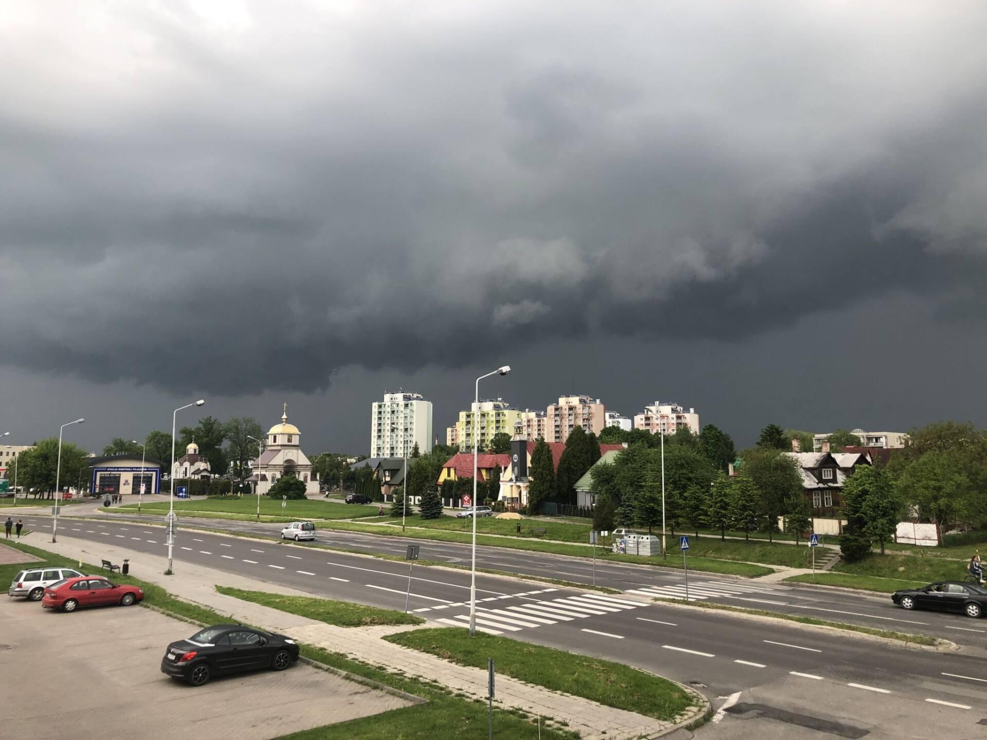 img 8491 ZAMOŚĆ, REGION: Uwaga na burze z gradem i silny wiatr.