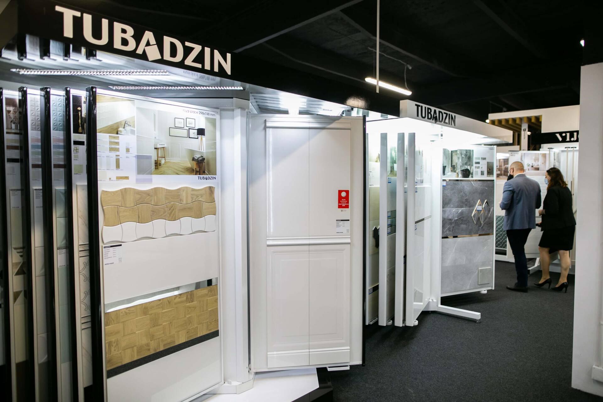 5db 5571 Salon BLU: na ponad 500 m2., 36 łazienkowych aranżacji i bogata ekspozycja wyposażenia (zdjęcia)
