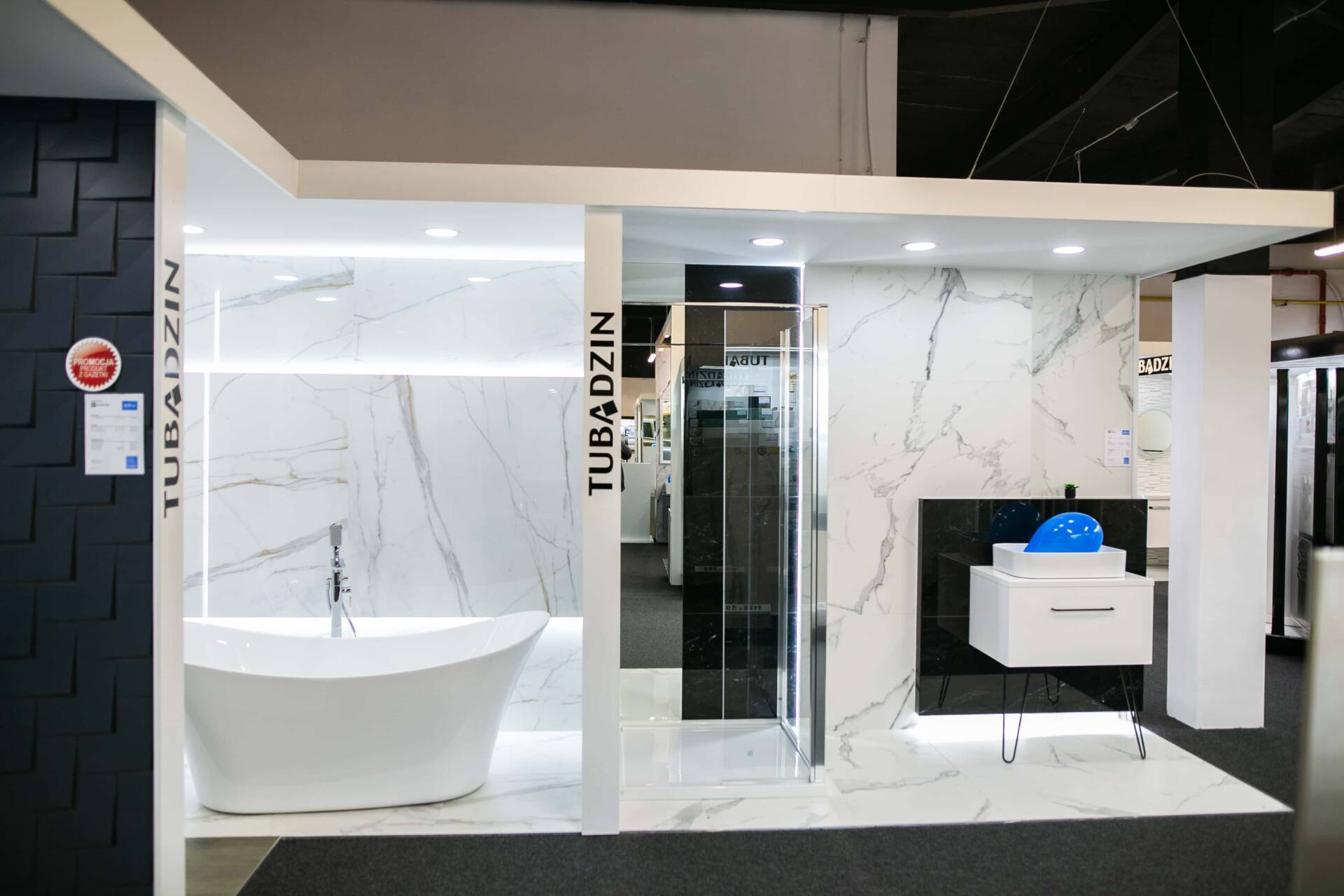 5db 5575 Salon BLU: na ponad 500 m2., 36 łazienkowych aranżacji i bogata ekspozycja wyposażenia (zdjęcia)