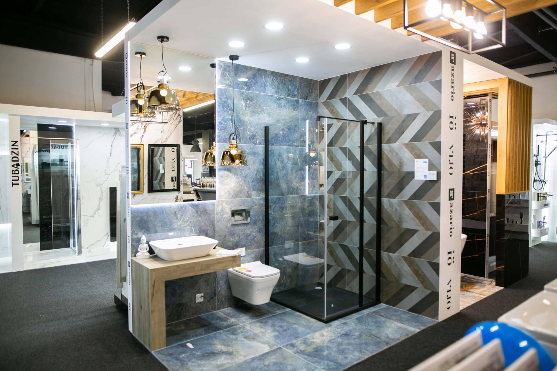 5db 5581 Salon BLU: na ponad 500 m2., 36 łazienkowych aranżacji i bogata ekspozycja wyposażenia (zdjęcia)