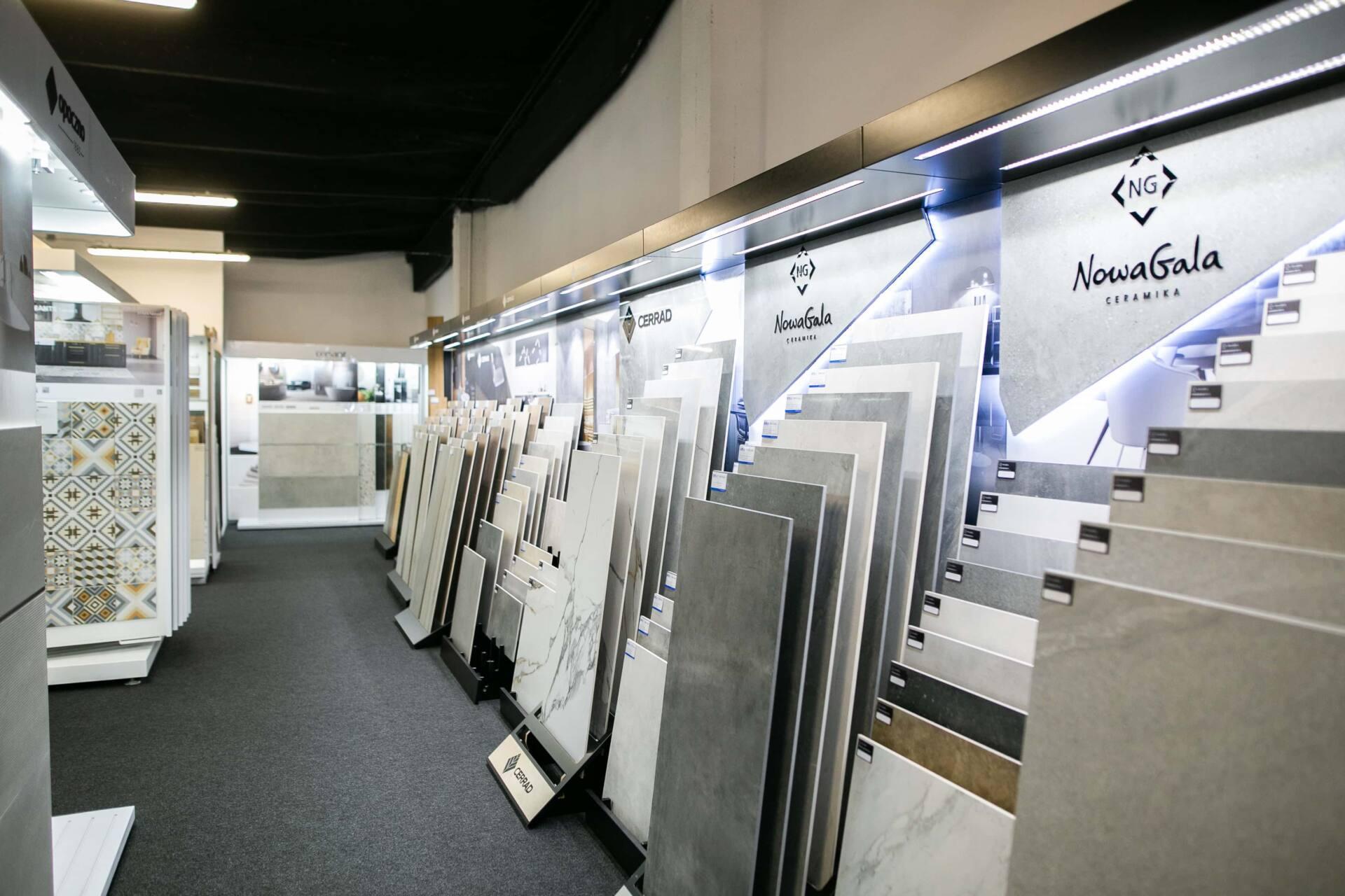 5db 5592 Salon BLU: na ponad 500 m2., 36 łazienkowych aranżacji i bogata ekspozycja wyposażenia (zdjęcia)