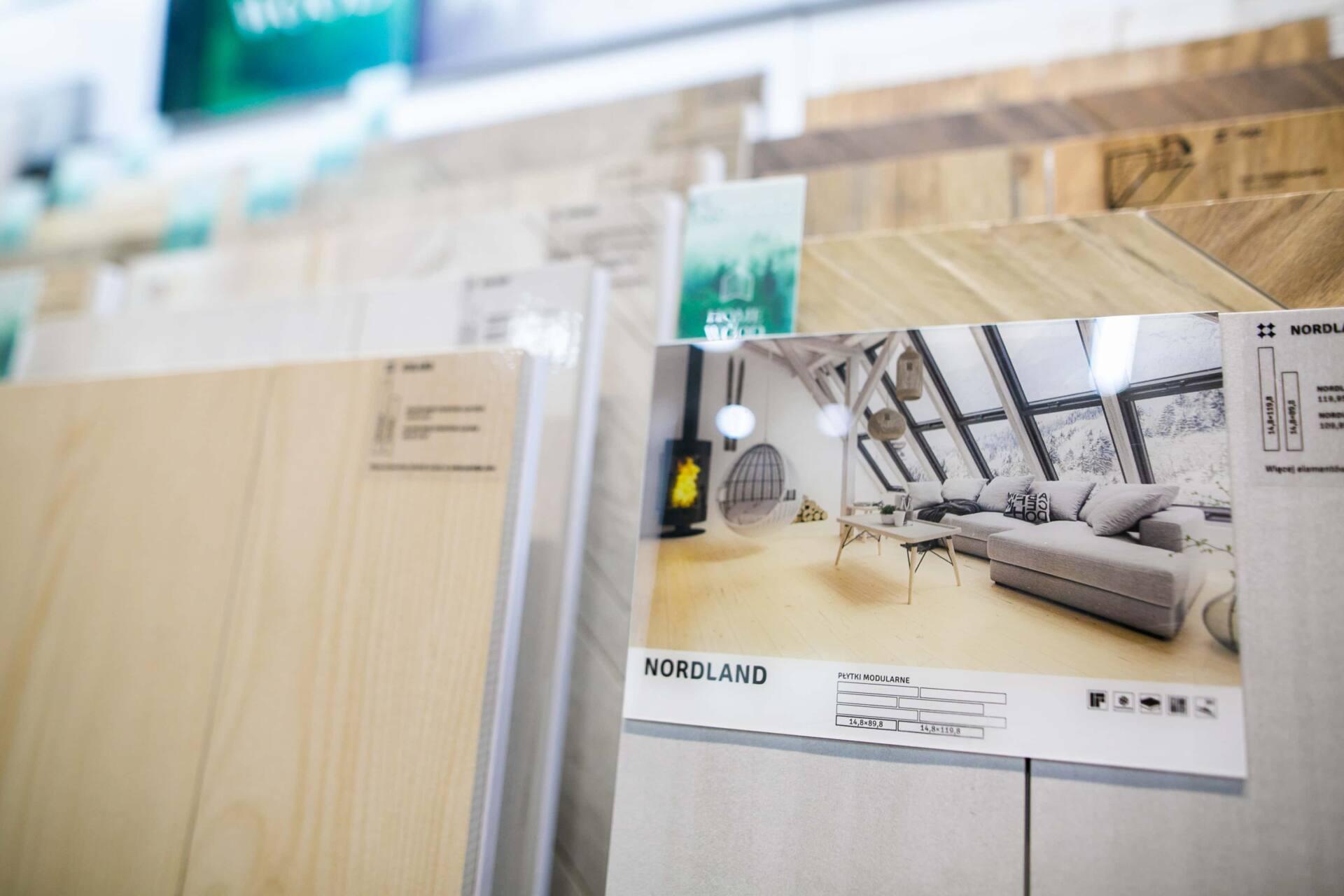 5db 5599 Salon BLU: na ponad 500 m2., 36 łazienkowych aranżacji i bogata ekspozycja wyposażenia (zdjęcia)