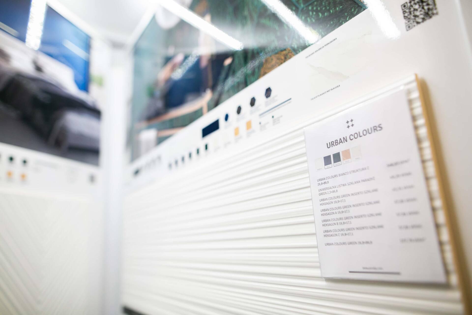 5db 5607 Salon BLU: na ponad 500 m2., 36 łazienkowych aranżacji i bogata ekspozycja wyposażenia (zdjęcia)