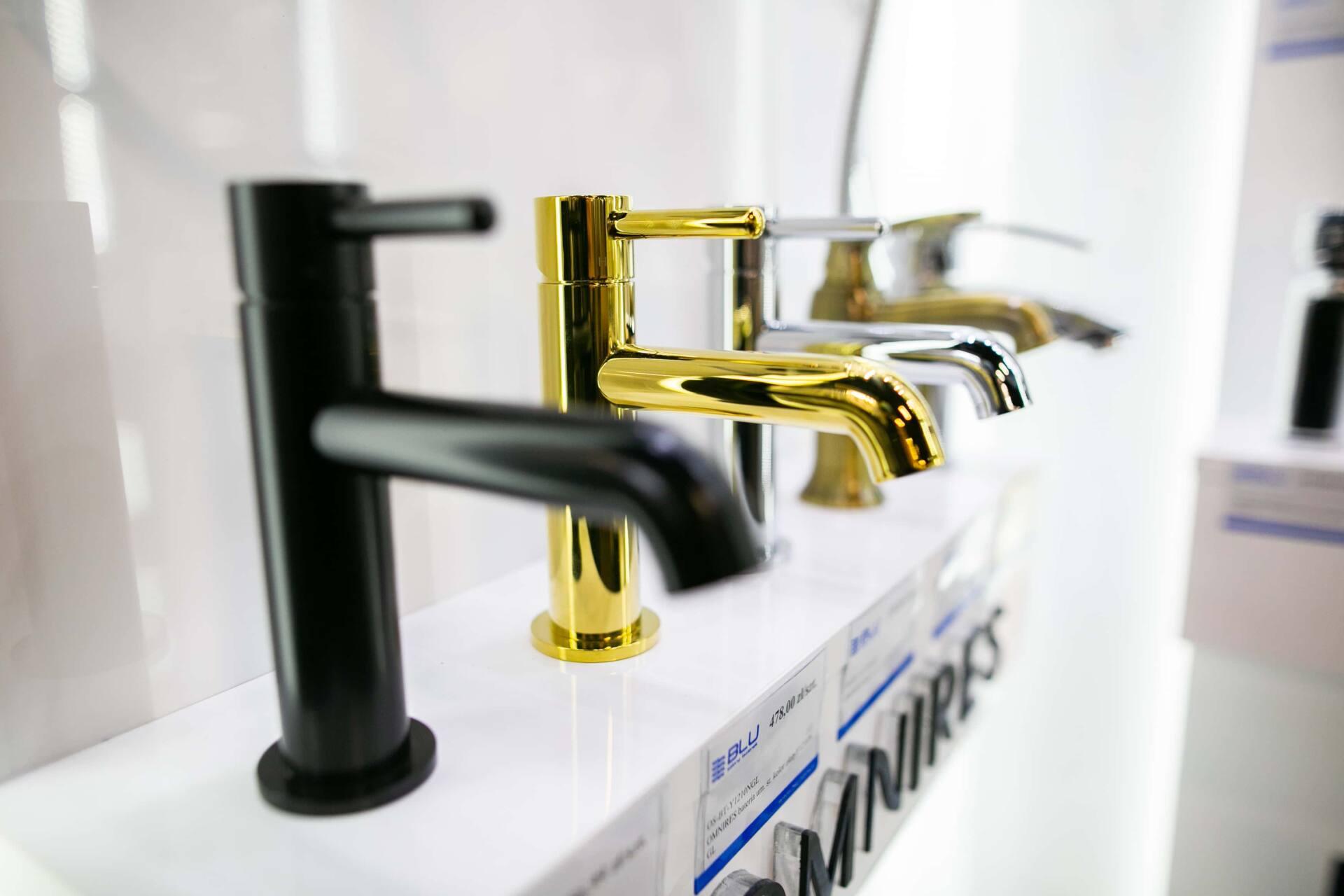 5db 5616 Salon BLU: na ponad 500 m2., 36 łazienkowych aranżacji i bogata ekspozycja wyposażenia (zdjęcia)