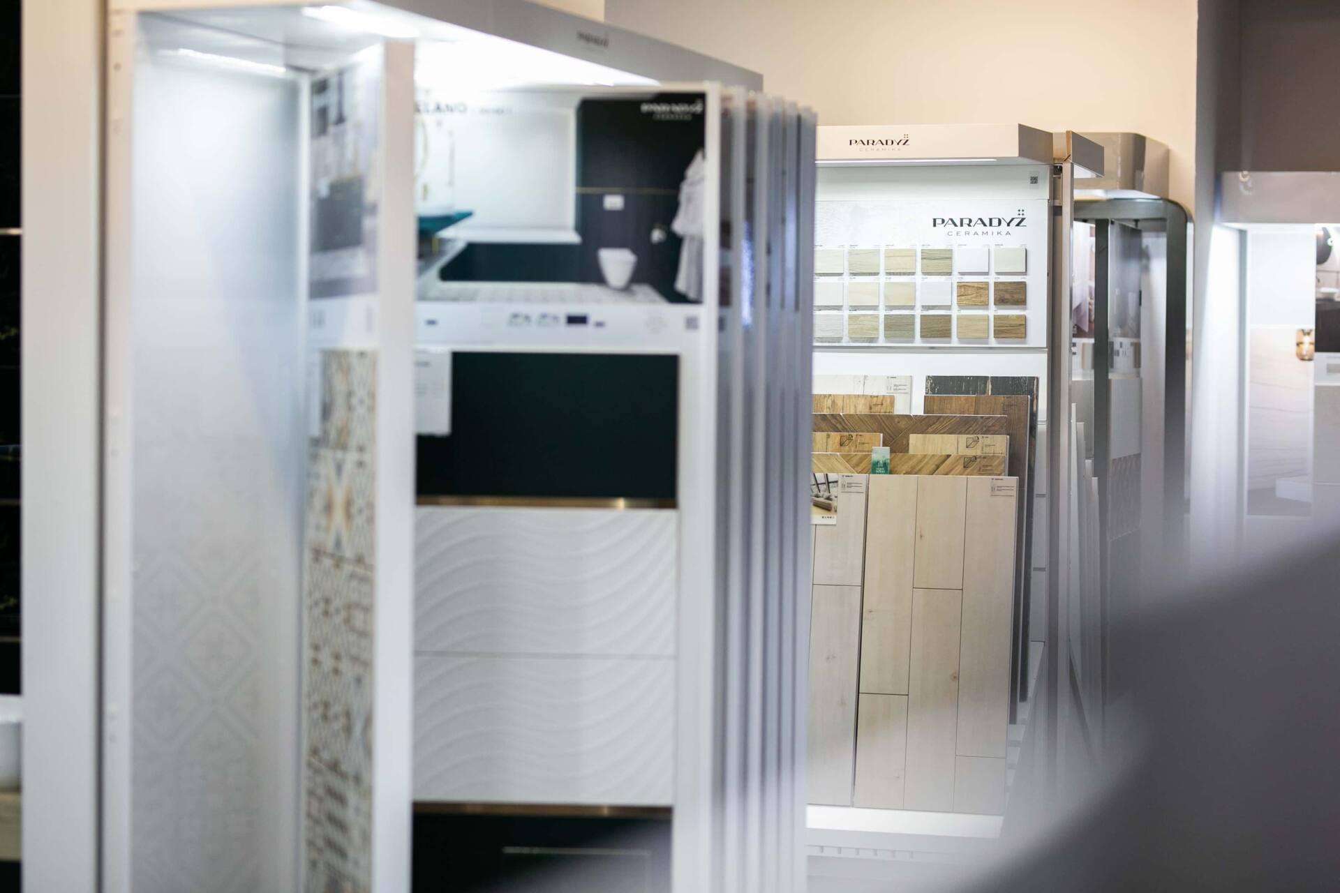 5db 5632 Salon BLU: na ponad 500 m2., 36 łazienkowych aranżacji i bogata ekspozycja wyposażenia (zdjęcia)