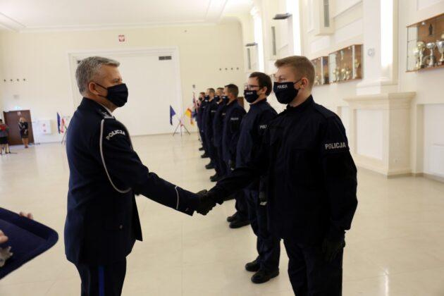 68 177251 g Mamy 47 nowych policjantów.