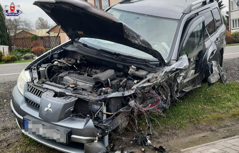 68 177591 Zjechał na przeciwny pas ruchu i zderzył się z ciężarówką