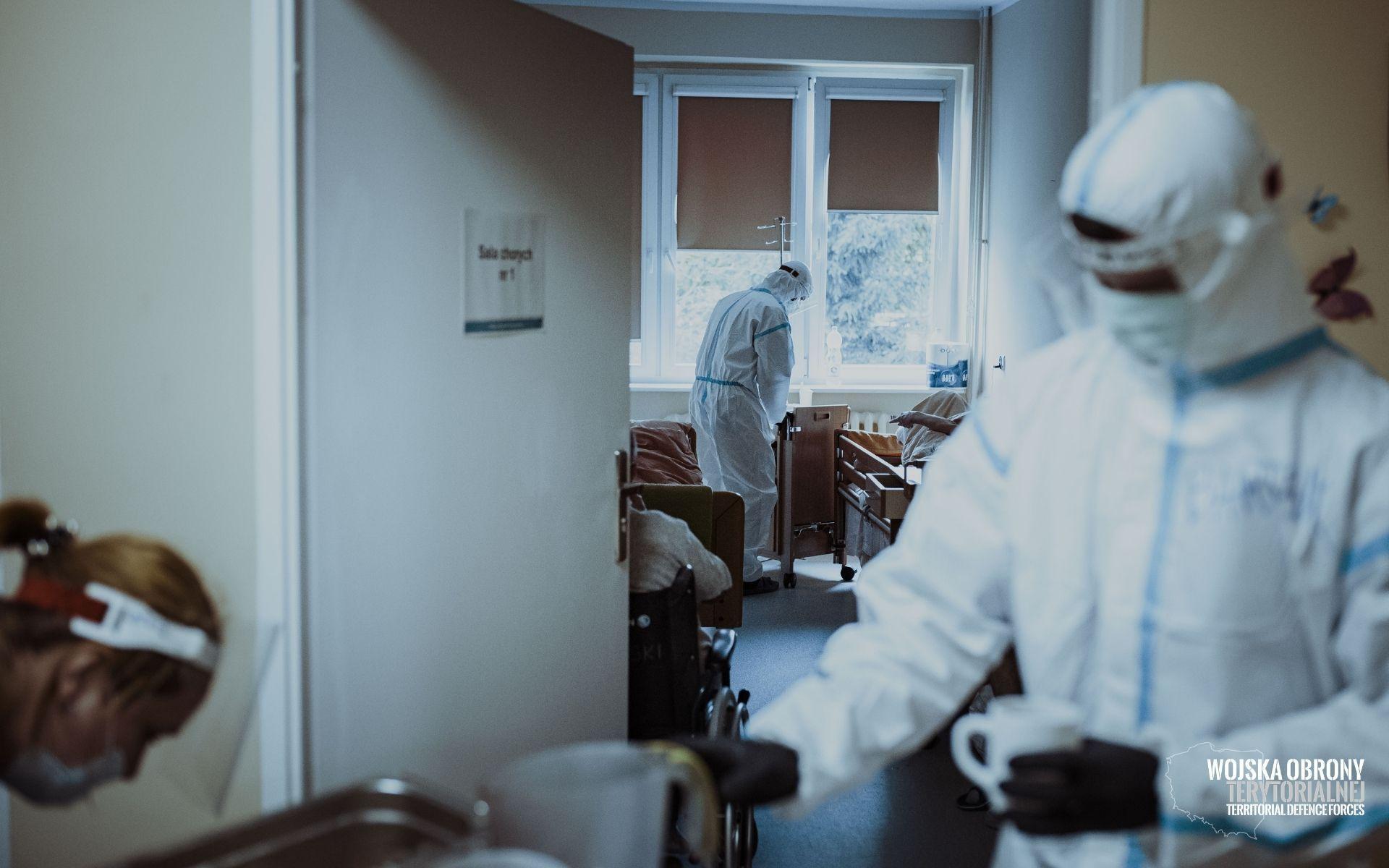 wot szpitale 1 Terytorialsi wspierają coraz więcej szpitali. Przejmują cześć obowiązków personelu medycznego