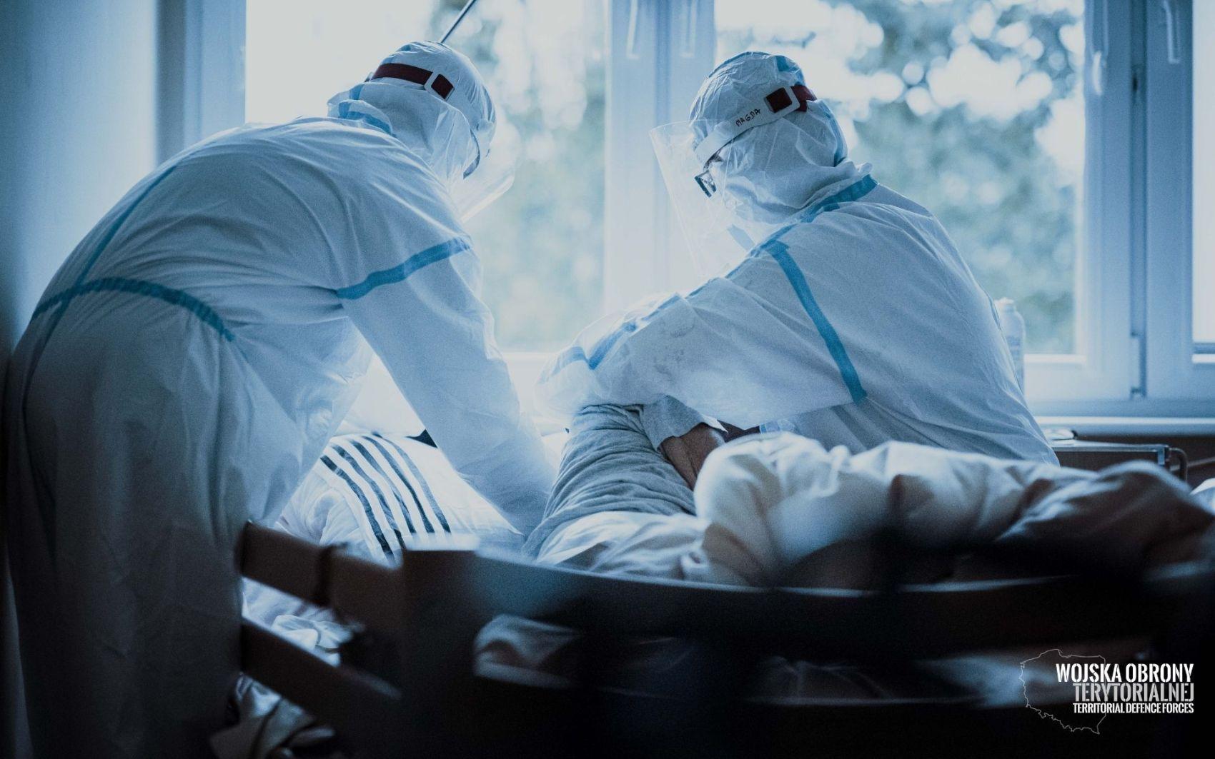 wot szpitale 2 Terytorialsi wspierają coraz więcej szpitali. Przejmują cześć obowiązków personelu medycznego
