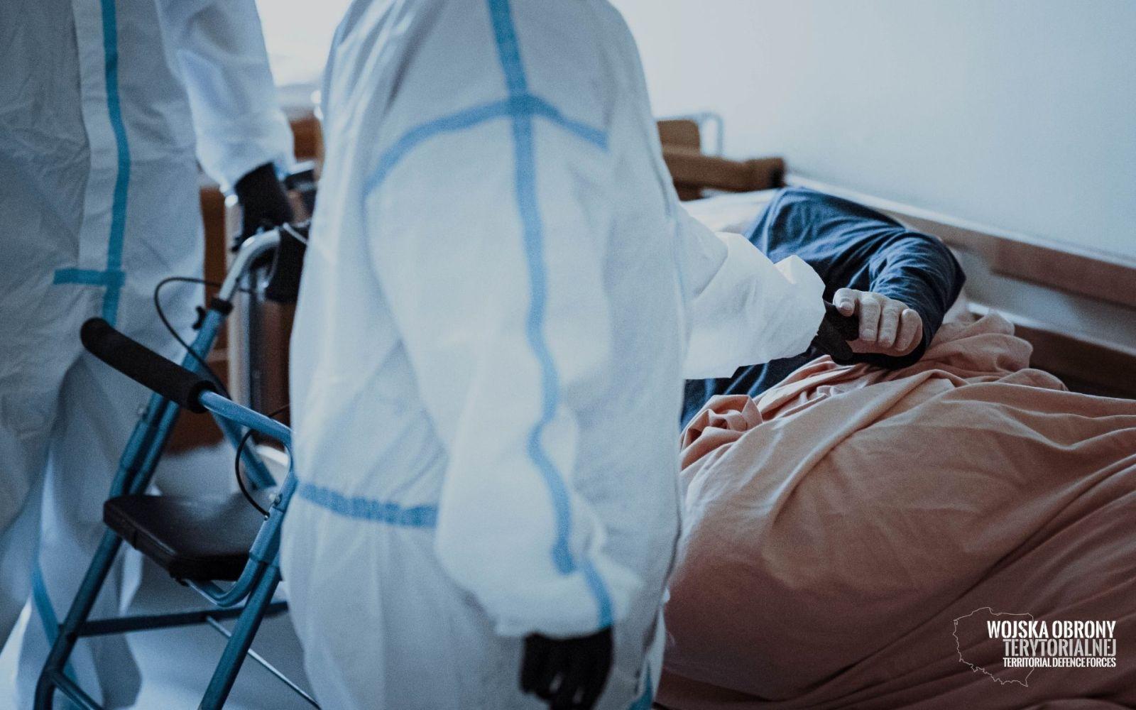 wot szpitale 4 Terytorialsi wspierają coraz więcej szpitali. Przejmują cześć obowiązków personelu medycznego