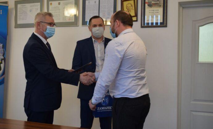 2 3 Nagrody Starosty dla najlepszych sportowców i trenerów z Powiatu Zamojskiego