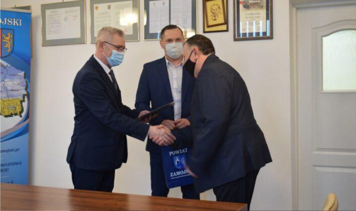4 2 Nagrody Starosty dla najlepszych sportowców i trenerów z Powiatu Zamojskiego