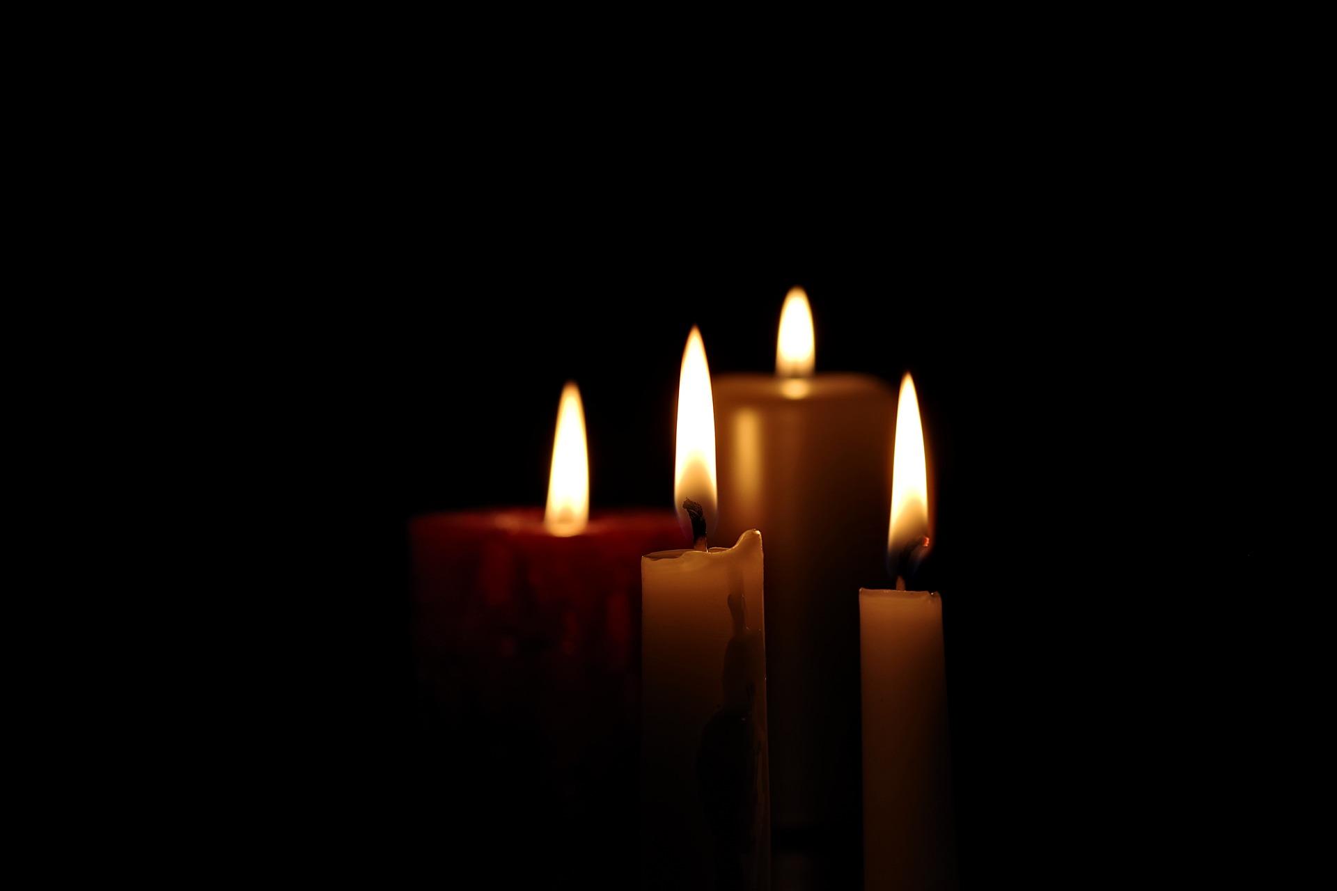 candle 2905395 1920 Zmarł Andrzej Marzec, pracownik Urzędu Miasta Zamość. Chorował na COVID-19