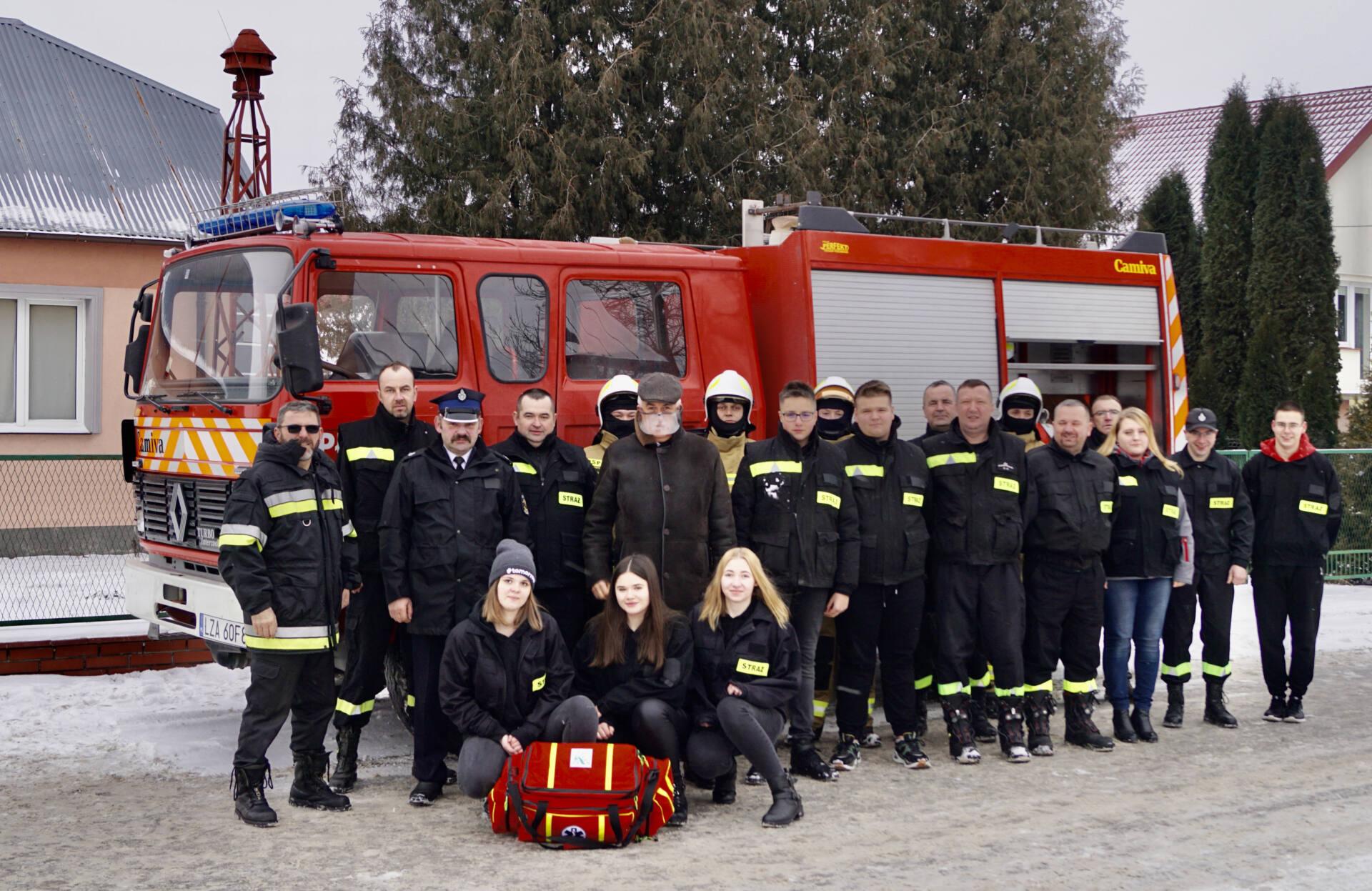 dsc01116 Poseł wspiera strażaków