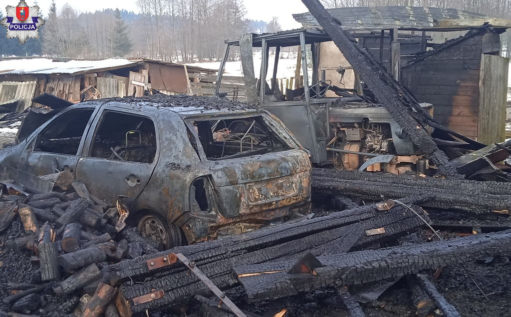 361 180872 Spłonął dom i garaż. Dwa pożary na terenie powiatu zamojskiego