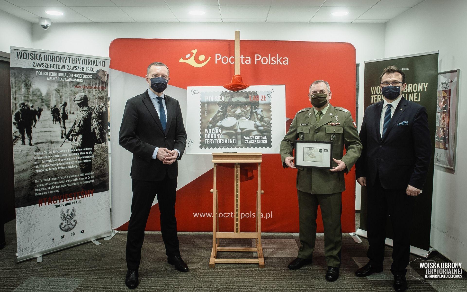 prezentacja znaczka wot 2 Terytorialsi na znaczkach Poczty Polskiej