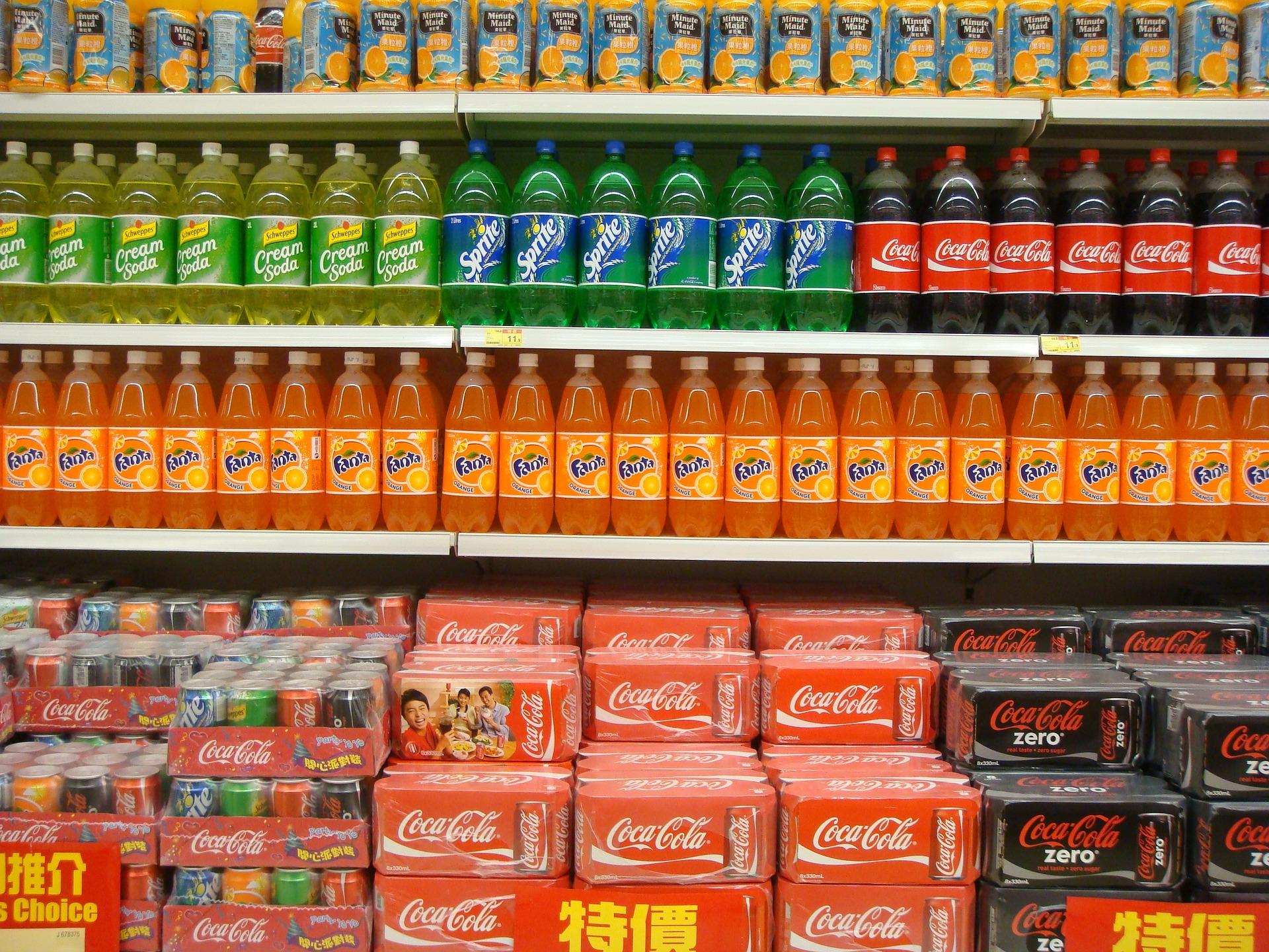 supermarket 1229744 1920 Słodzone napoje gazowane droższe nawet o 35%, czyli podatki i opłaty w 2021 roku
