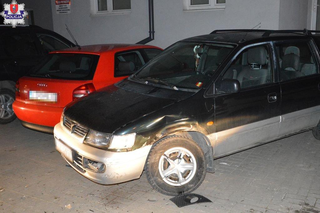 361 182263 Wyszyńskiego: 3 uszkodzone auta czyli parkowanie 31-latki (zdjęcia)