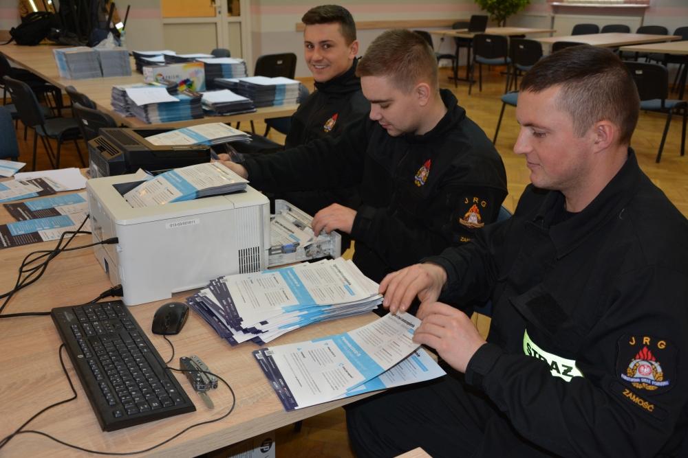 ul0 Strażacy będą kolportować ulotki na temat szczepień przeciw COVID-19