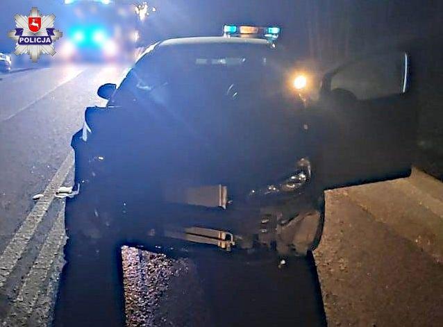 68 183995 Chciała uniknąć zderzenia z łosiem, zderzyła się z innym autem