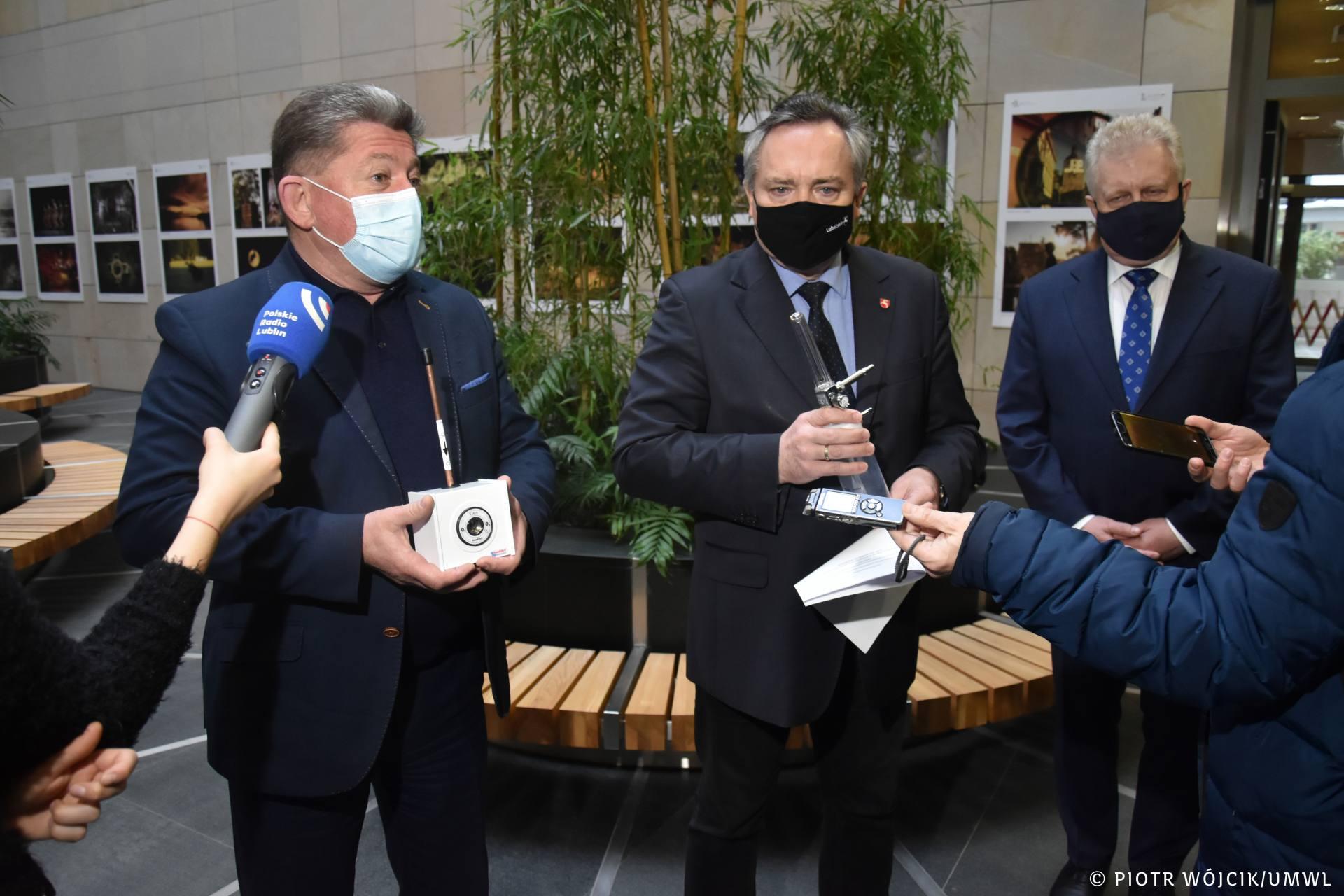 umw 0043 Sprzęt medyczny do walki z Covid-19 trafi do Lwowa. To darowizna od Samorządu Województwa Lubelskiego