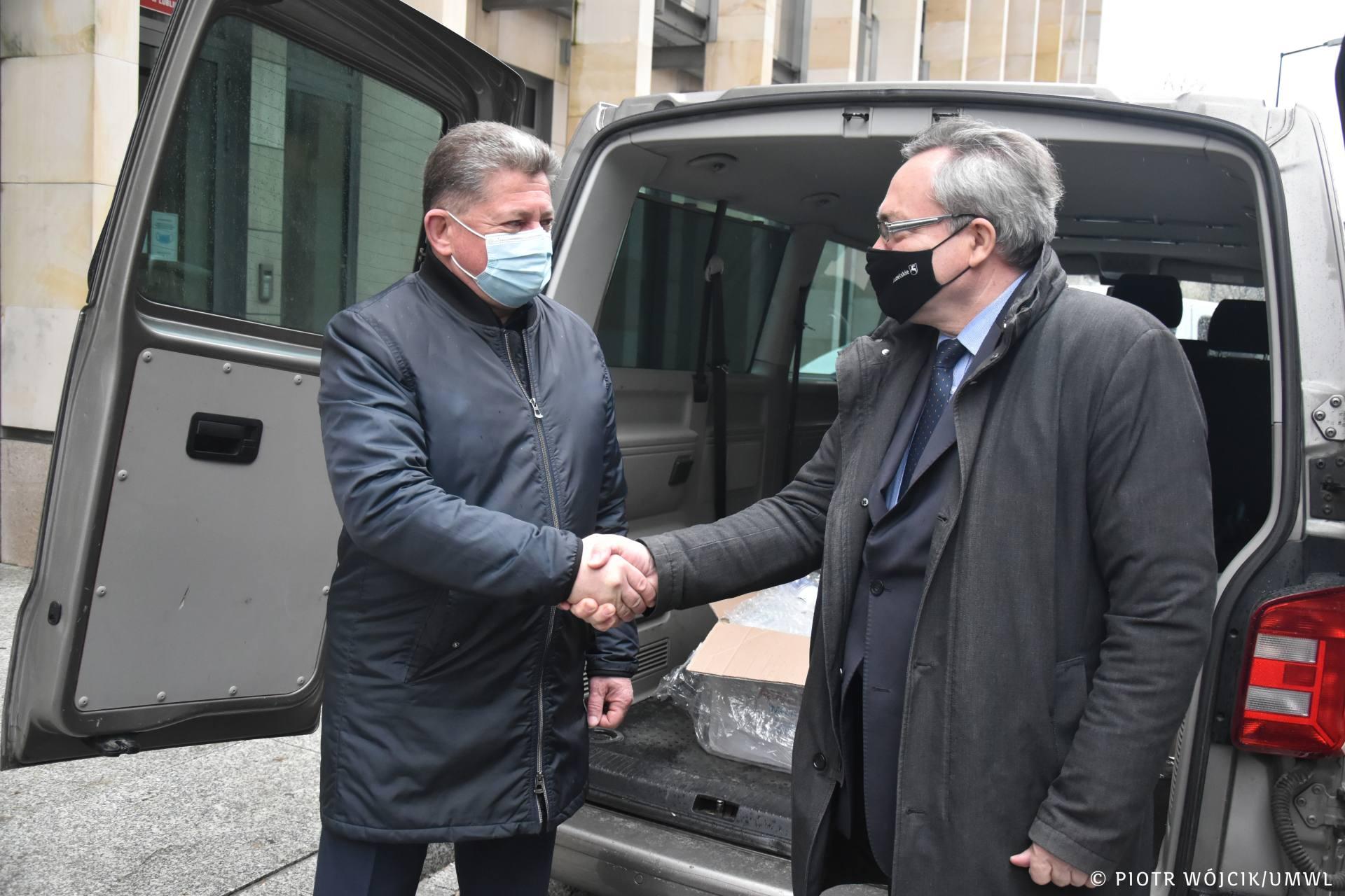 umw 0071 Sprzęt medyczny do walki z Covid-19 trafi do Lwowa. To darowizna od Samorządu Województwa Lubelskiego