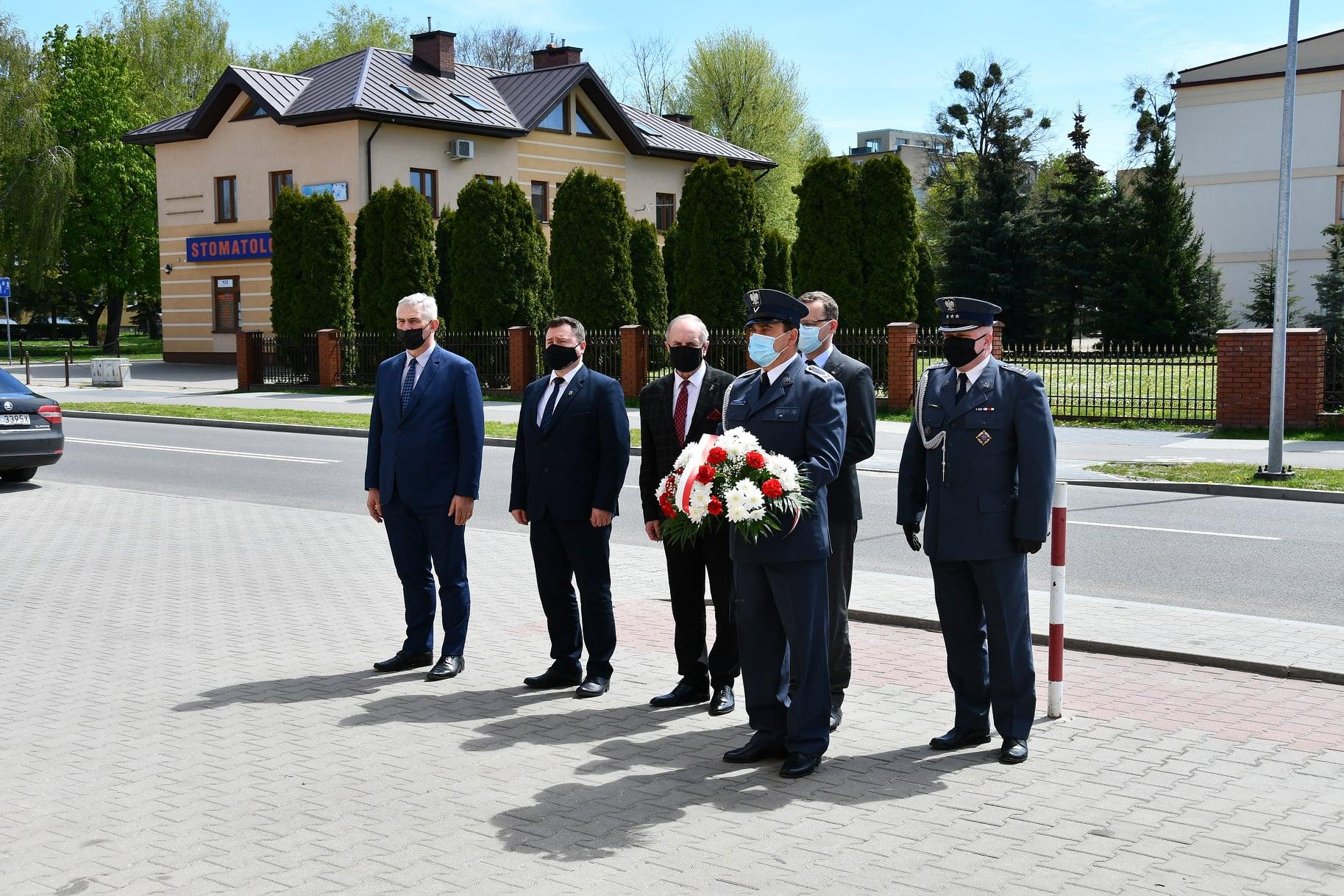 184235916 308717640832697 446240216774944572 n ZAMOŚĆ: Wiceminister Sprawiedliwości oddał hołd bohaterom brawurowej akcji sprzed 75 lat