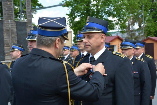21ds14 Dzień strażaka w Zamościu. Awanse i odznaczenia (zdjęcia)