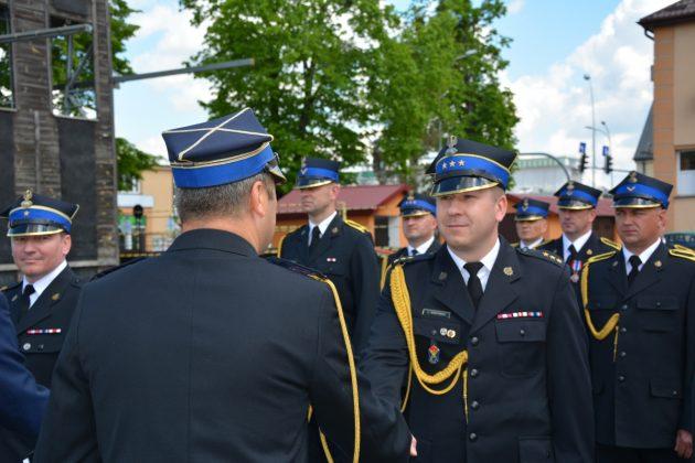 21ds17 Dzień strażaka w Zamościu. Awanse i odznaczenia (zdjęcia)