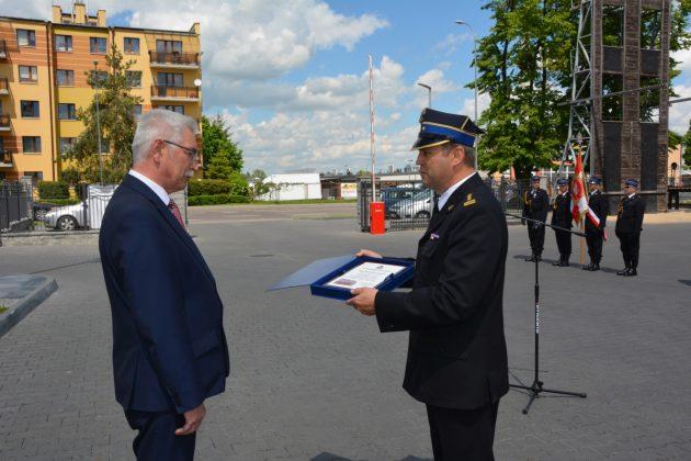 21ds23 Dzień strażaka w Zamościu. Awanse i odznaczenia (zdjęcia)