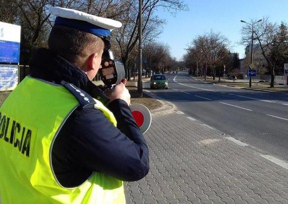 361 184844 Policjanci jednego dnia zatrzymali ponad 230 kierowców z