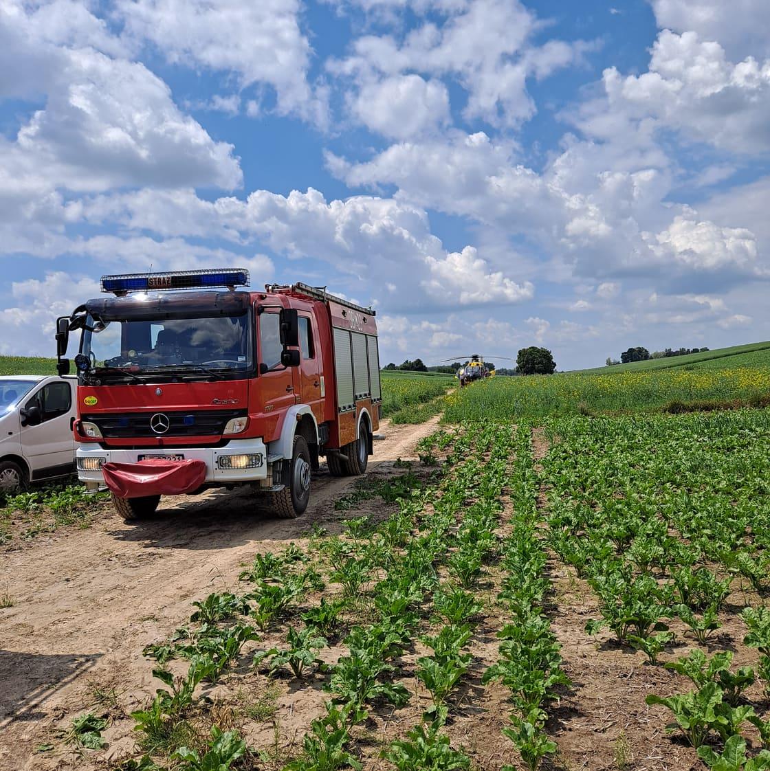 201379441 780799059251447 865051178136160384 n Ciągnik rolniczy przejechał mężczyznę (zdjęcia)