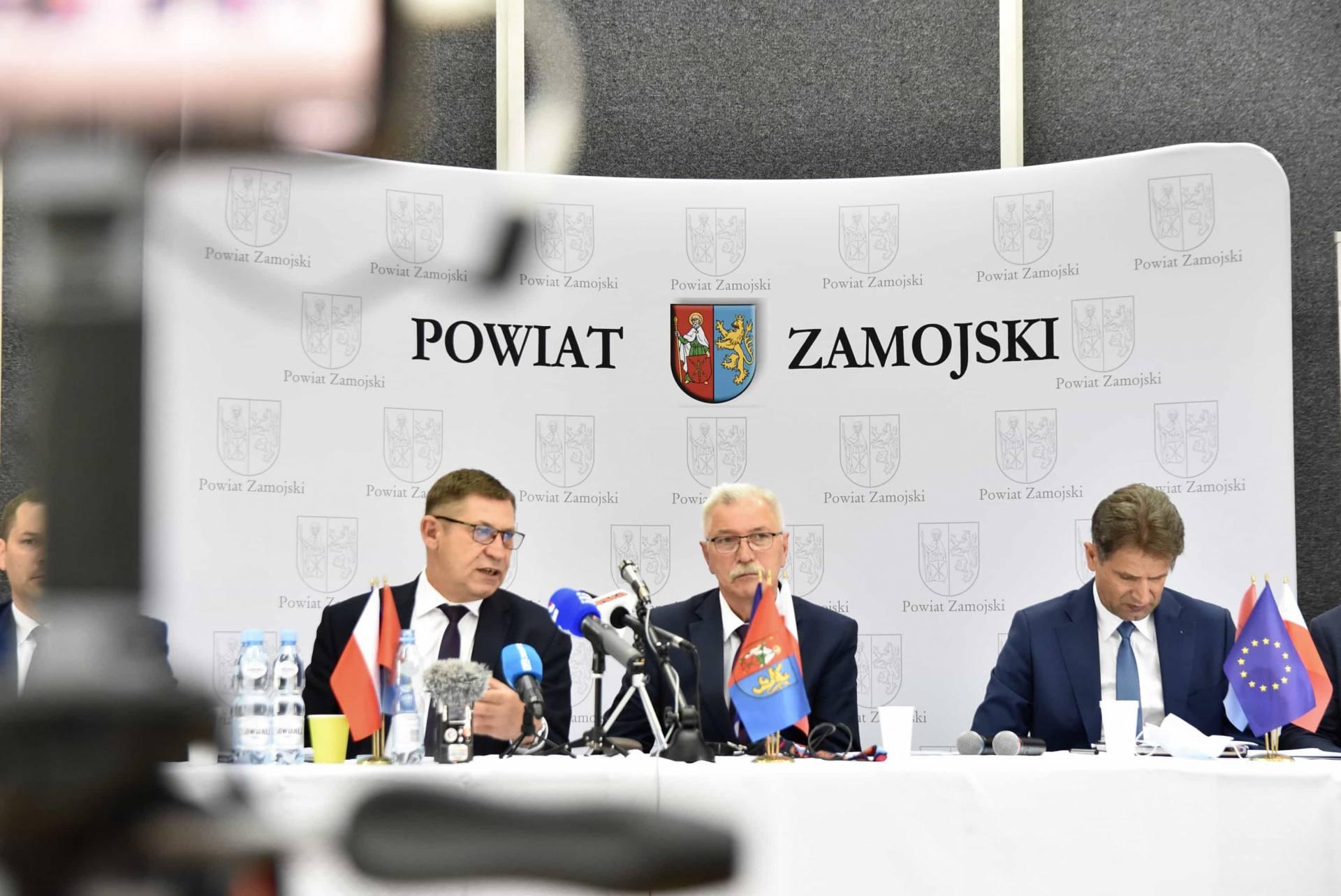 dsc 6033 Półmetek kadencji władz powiatu zamojskiego. Relacja z konferencji prasowej [FILM]