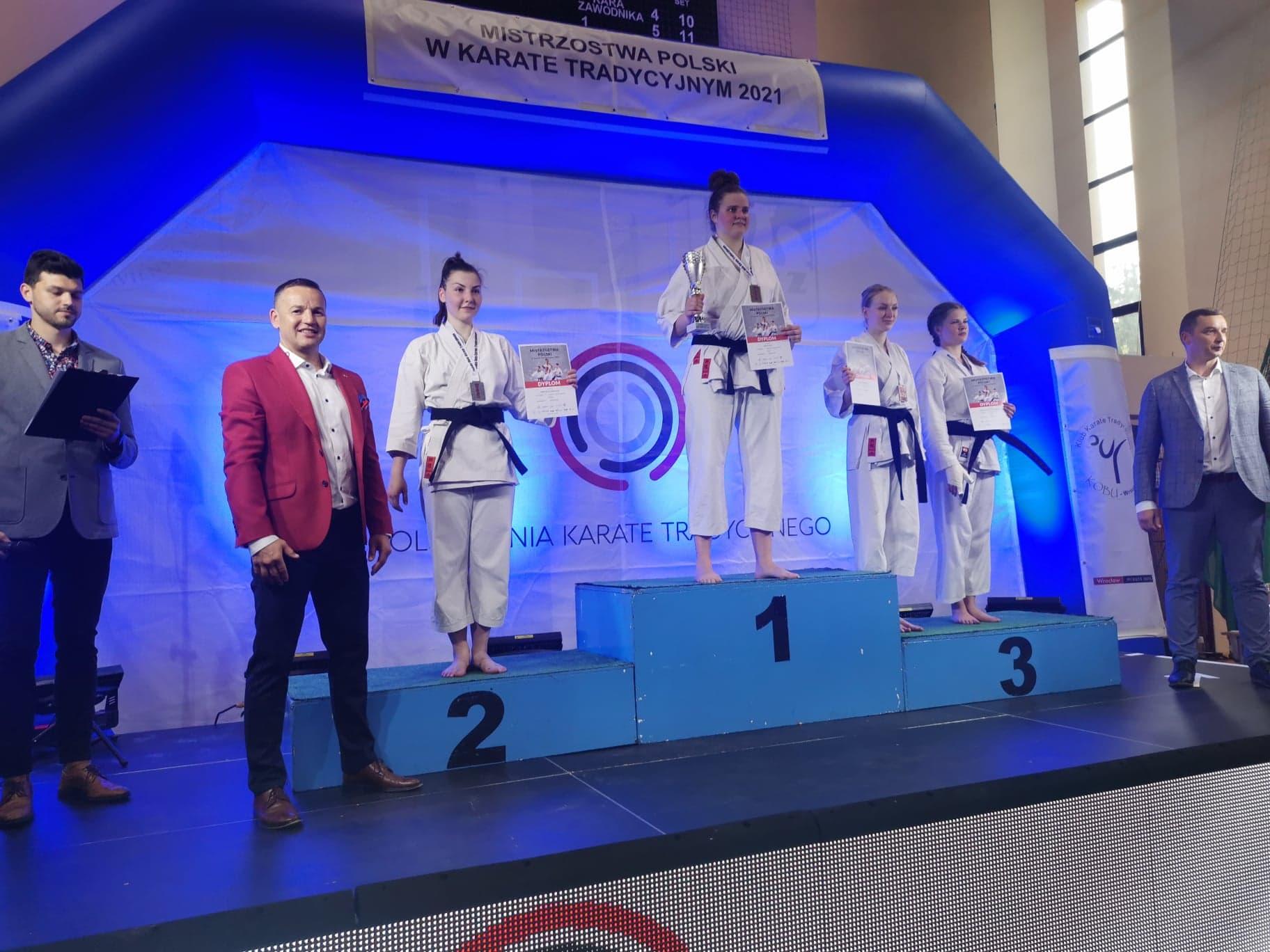 mp wroclaw m2 wioleta szerafin Karatecy Zamojskiego Klubu Karate Tradycyjnego w Zamościu na podium Mistrzostw Polski! [ZDJĘCIA]