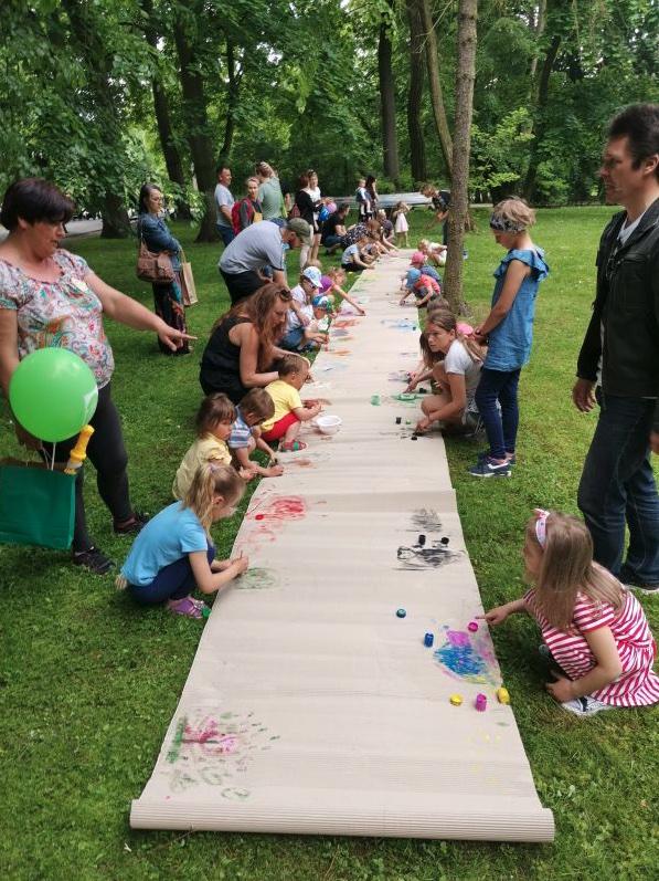 zrzut ekranu 2021 06 8 o 122450 Dzień Dziecka w zamojskim parku. Atrakcji było co niemiara!
