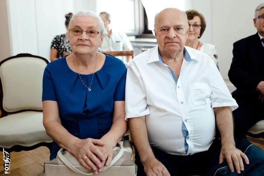 12499b Jubileusz 50-lecia Pożycia Małżeńskiego dla 10-ciu par (zdjęcia)
