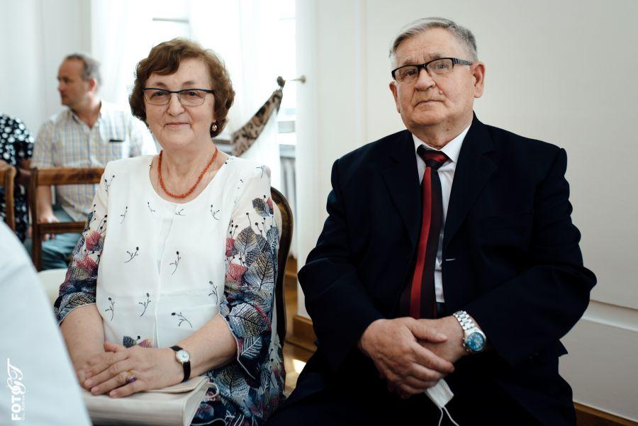12500b Jubileusz 50-lecia Pożycia Małżeńskiego dla 10-ciu par (zdjęcia)
