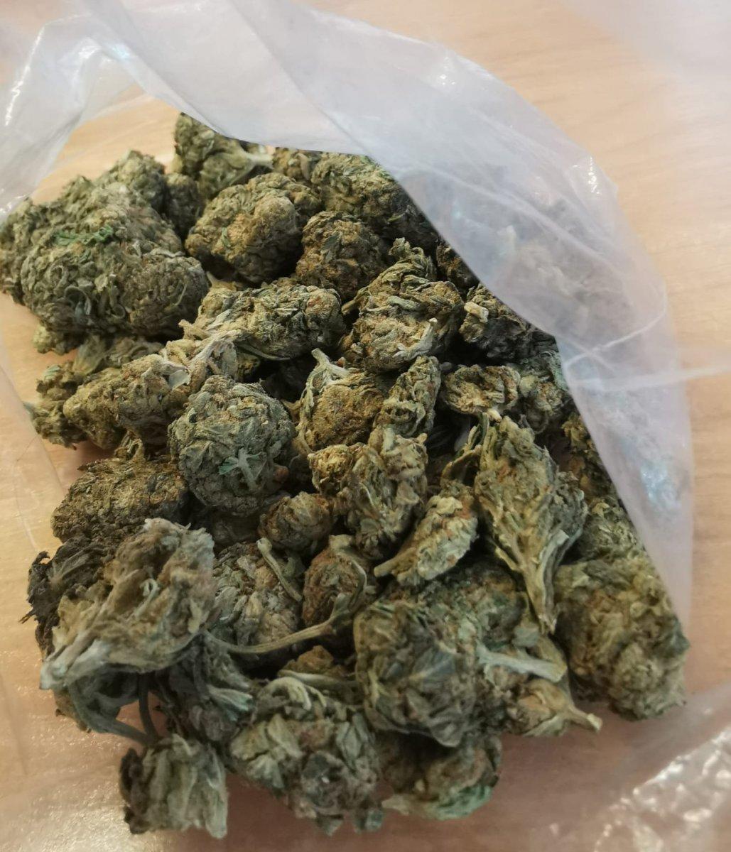 359 188235 Kryminalni u 36-latka ujawnili narkotyki