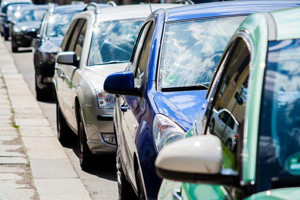auto 736794 960 720 ZAMOŚĆ: Wydział Ewidencji Kierowców i Pojazdów podsumował I półrocze 2021r.