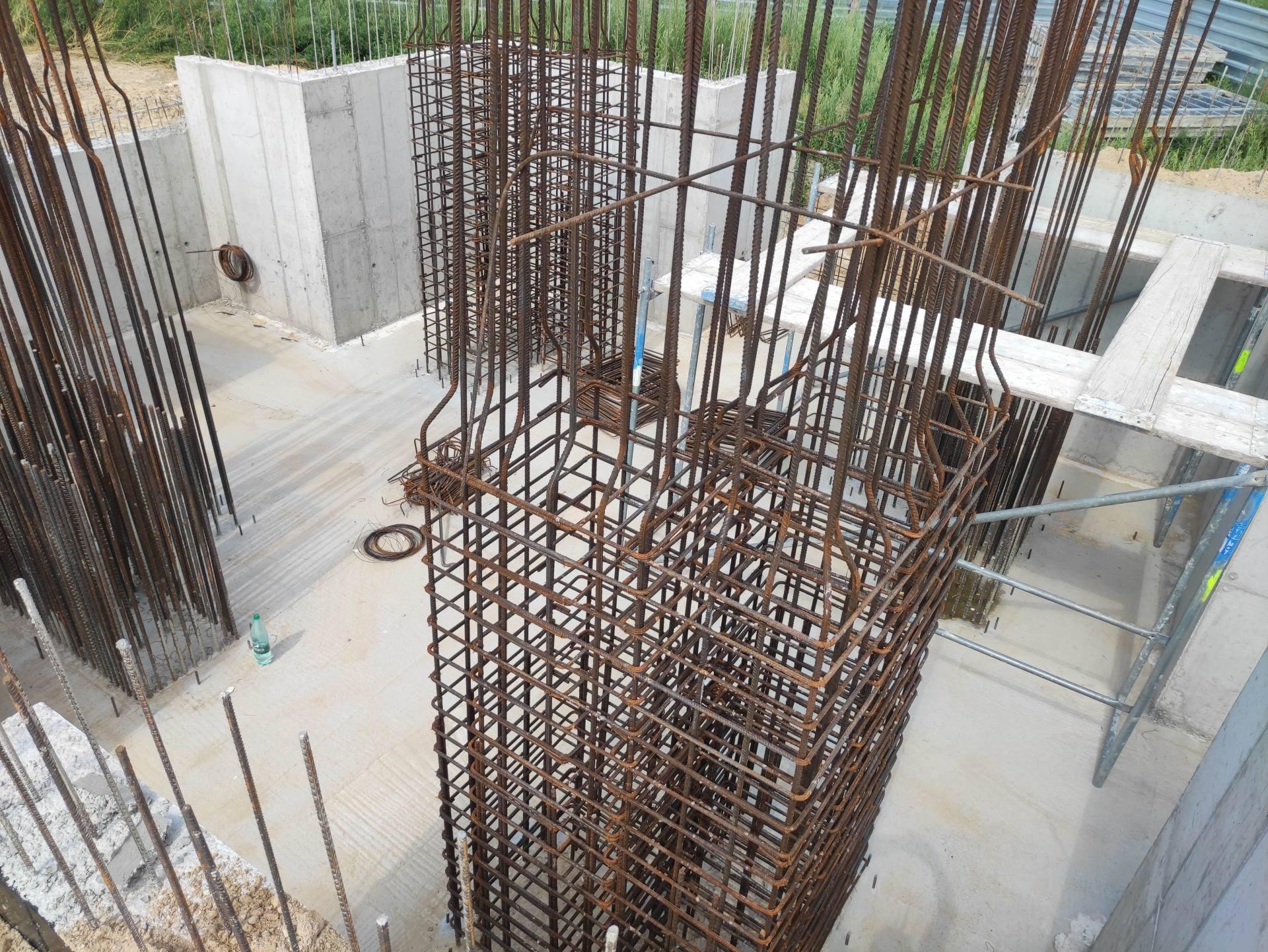 prace pomnik komarow 2 Zbliża się 101. rocznica Bitwy pod Komarowem. Jak postepują prace przy budowie pomnika bitwy?