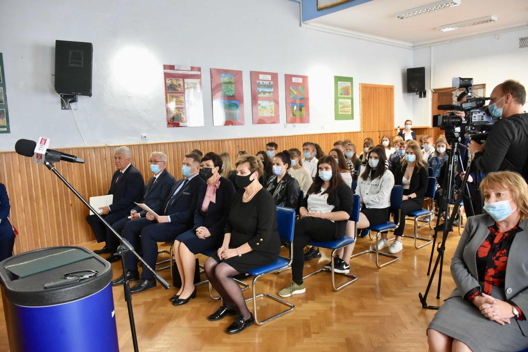 242699320 119313717134424 3582450930361915367 n Wizyta ministra Przemysława Czarnka w Branżowej Szkole w Szczebrzeszynie