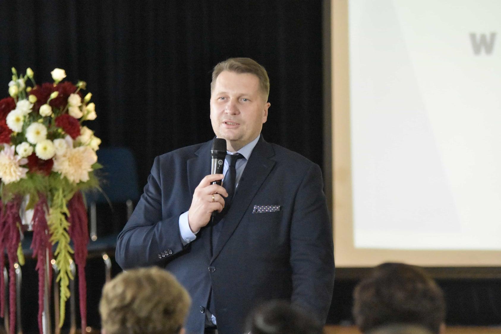 242742473 119313647134431 9014251121765659416 n Wizyta ministra Przemysława Czarnka w Branżowej Szkole w Szczebrzeszynie