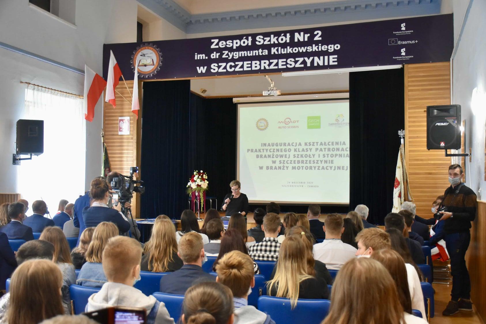 242810153 119313693801093 3558405844191401102 n Wizyta ministra Przemysława Czarnka w Branżowej Szkole w Szczebrzeszynie